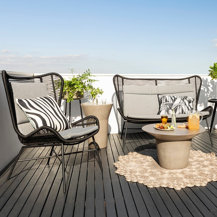 Buyer's guide to outdoor furniture for 2019 with the Silas