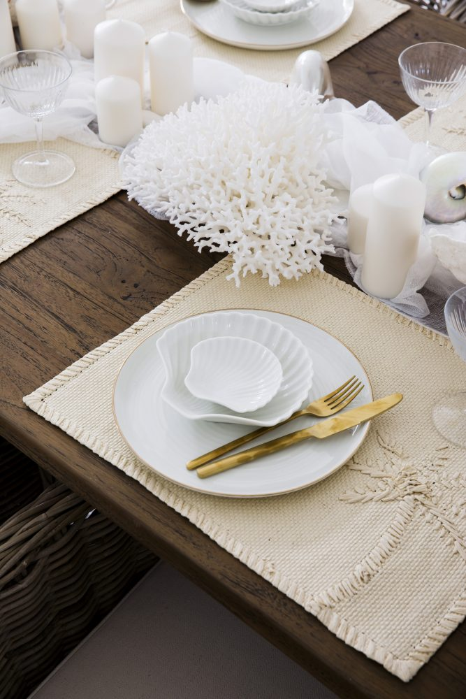 Christmas Table Inspiration with Three Birds