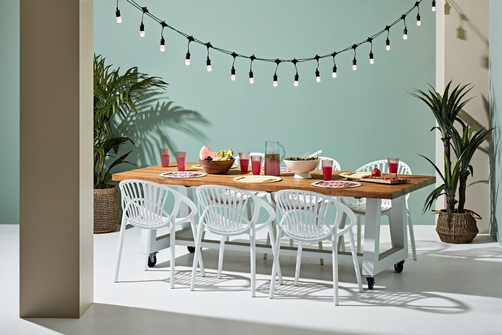 2020 Outdoor Collection with Heather Nette King with the Castor Dining Table and Boheme Chairs