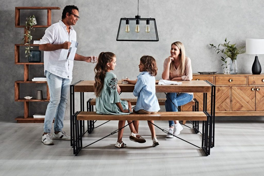 Selecting the Right Dining Set for Your Space with the Fulham