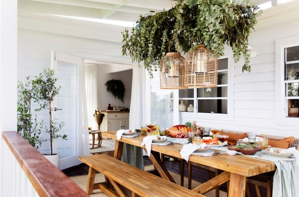 Three Birds Christmas Surprise with Antigua Dining Table