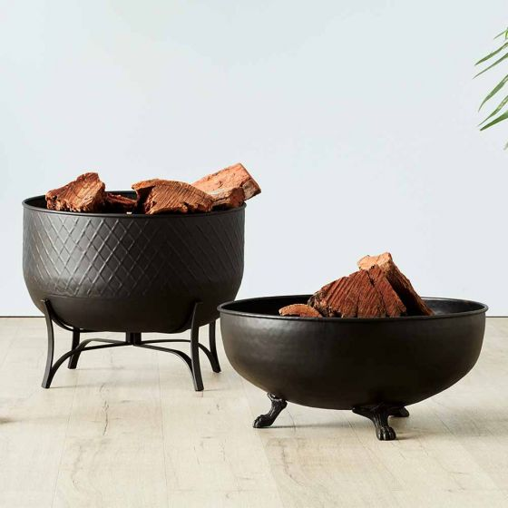 Warm Up Winter With a Fire Pit - fire pit options