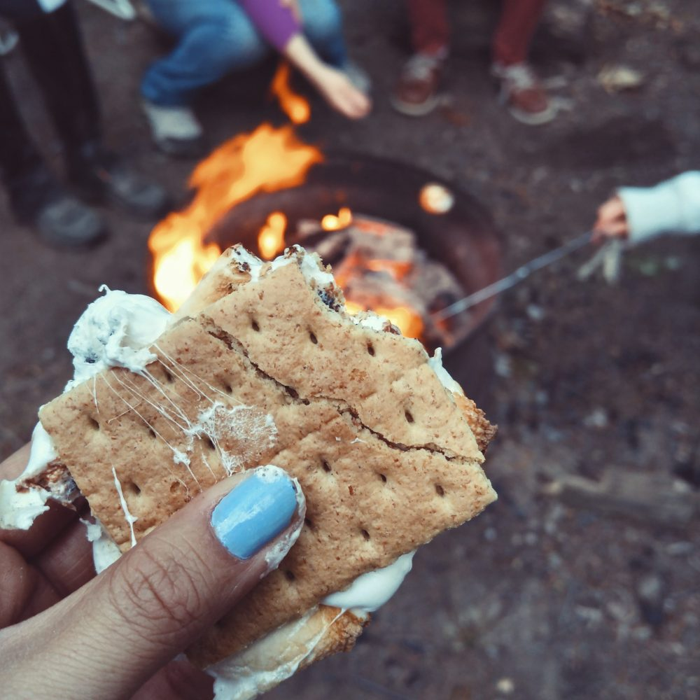 Warm Up Winter With a Fire Pit - s'mores