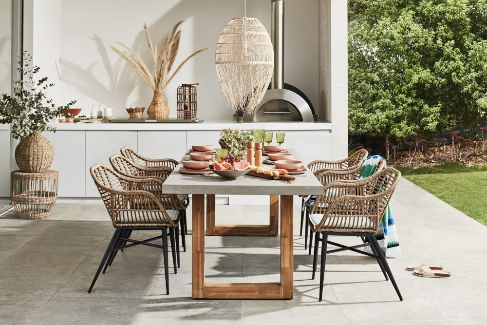 Relax & Unwind in Your Outdoor Living Room with an architectural room