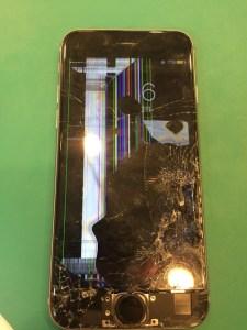船橋市のiPhone修理ガラス割れ液晶修理1