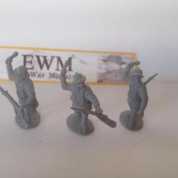 3  x German Early War Africa Korps infantry throwing grenades.