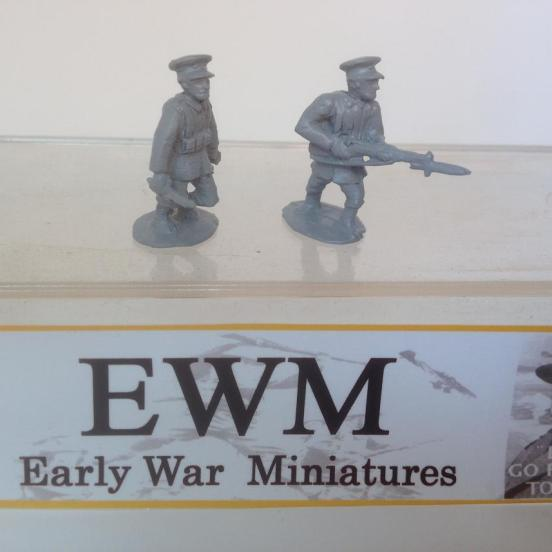 2 Abyssinian Imperial Guards infantry with rifles in advancing