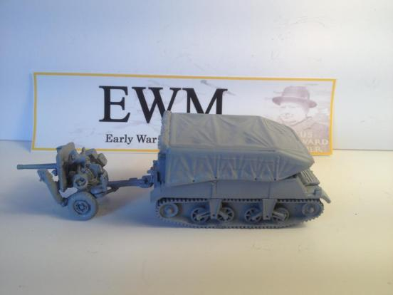 """Loyd carrier """"early"""" towing, No1  Mark 1, with 2 pounder ATG"""