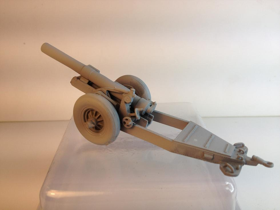 7.2 inch Howitzer with ramps and piled shells