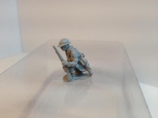 Belgian Infantryman NCO/junior leader kneeling with rifle