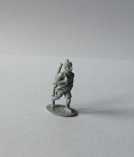 1 Indian infantryman advancing with rifle slung - single casting