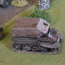 Light Dragon Mark 3 tracked transport vehicle and gun tow