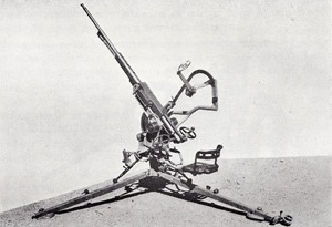 20mm Oerlikon Anti/Aircraft gun - with 3 Dutch crew
