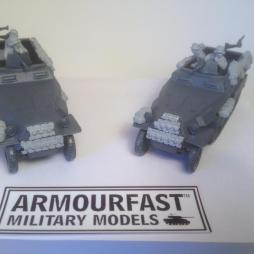 251/c halftrack crew and stowage set enough for 2 models