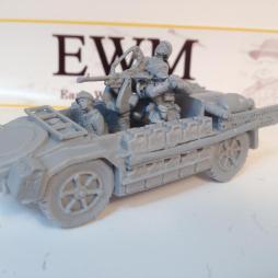As 42 Sahariana with 20mm Breda AA/Anti-tank gun, driver and 2