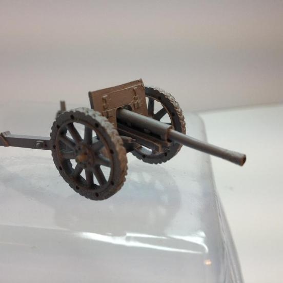 2 X Ansaldo 75mm Field gun with instructions and accessories