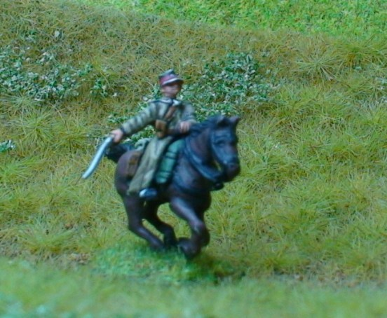 1 x Cavalry Ulan Officer wearing czapka with sabre
