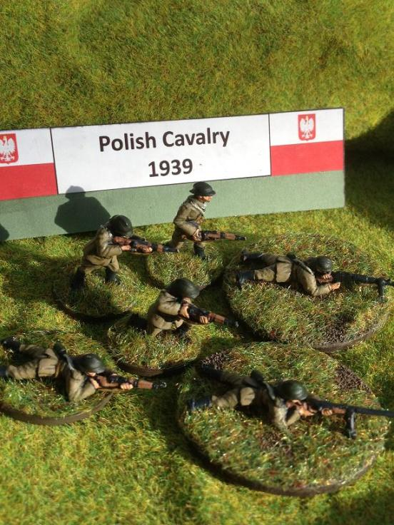 10  Polish Cavalry  dismounted  Includes 8 riflemen ATR and LMG