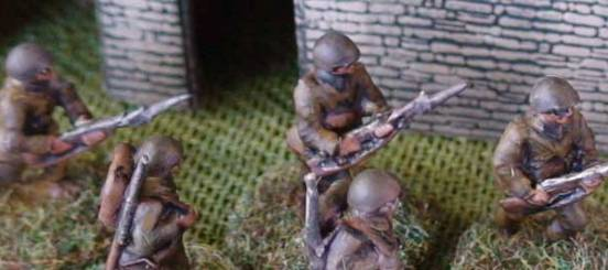 3 x Infantryman - Attacking in different poses with