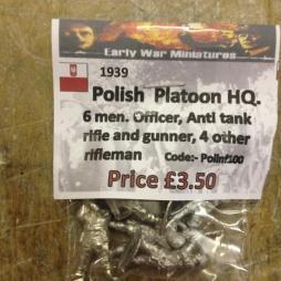 Polish Platoon HQ. 6 men. Officer with Pistol, Anti tank rifle