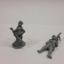 2 Stormtroopers with MG08/15 LMG marching and prone