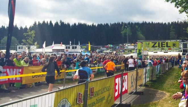 Rennsteiglauf 2016 Ziel Schmiedefeld