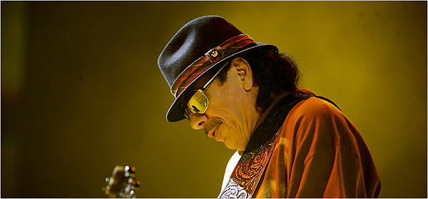 Carlos Santana still stunning the masses