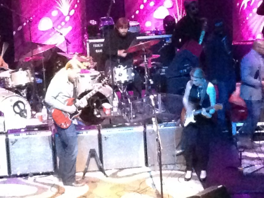 Tedeschi Trucks Band lays the soul on heavy in Vancouver