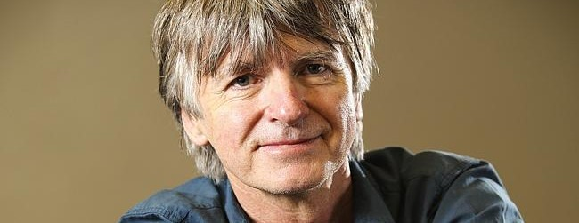 Neil Finn recruits loved ones to reach Dizzy Heights
