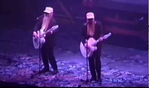 ZZ Top's Vancouver fans wimp out while that little ol' band from Texas delivers
