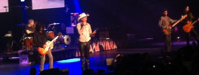 The Tragically Hip's frontman goes Fully Completely bonkers in Vancouver