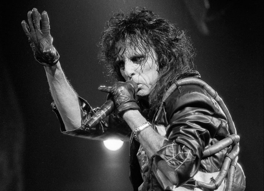 Alice Cooper's youthful band breathes fire into the shock-rock's king's classics in Vancouver