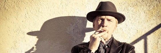 American roots-rock great Dave Alvin fights ageism in the media