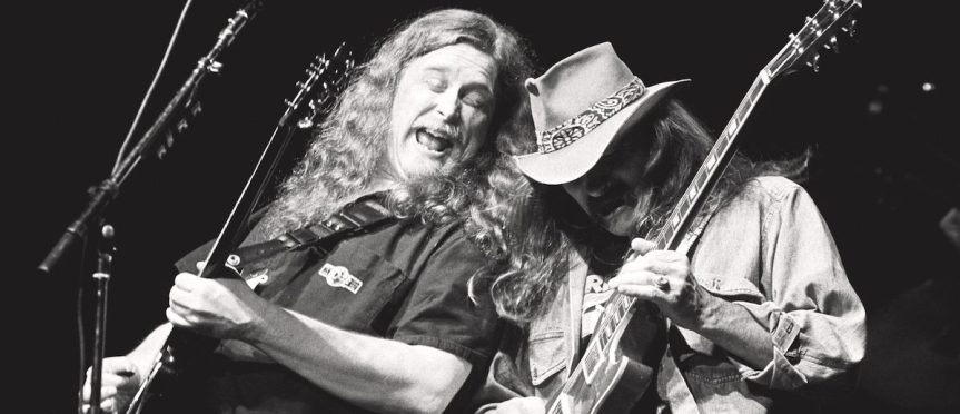 Warren Haynes says he's open to playing with former Allman Brothers bandmate Dickey Betts again