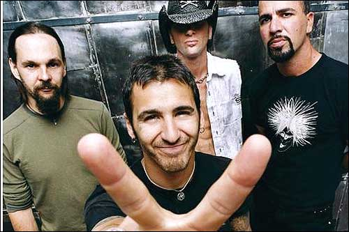 """Tony Rombola says Godsmack has a lot of fans in the military: """"Males 18 to 25 like the hard rock"""""""