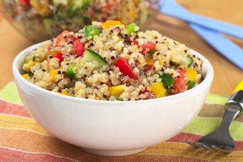 How to make easy quinoa salad