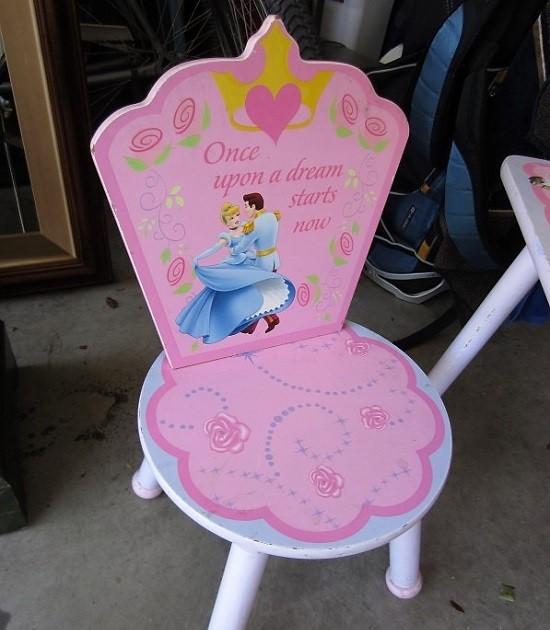 Disney princess chair before makeover
