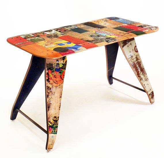 Repurposed skateboard desk by SkateOrDesign