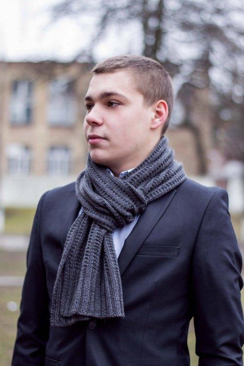 mens-handknit-scarf