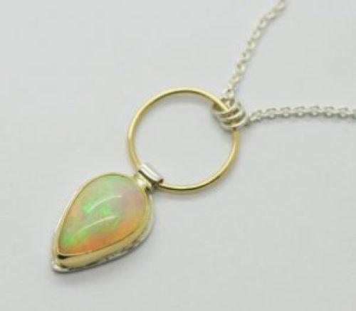 welo-opal-pendant-necklace