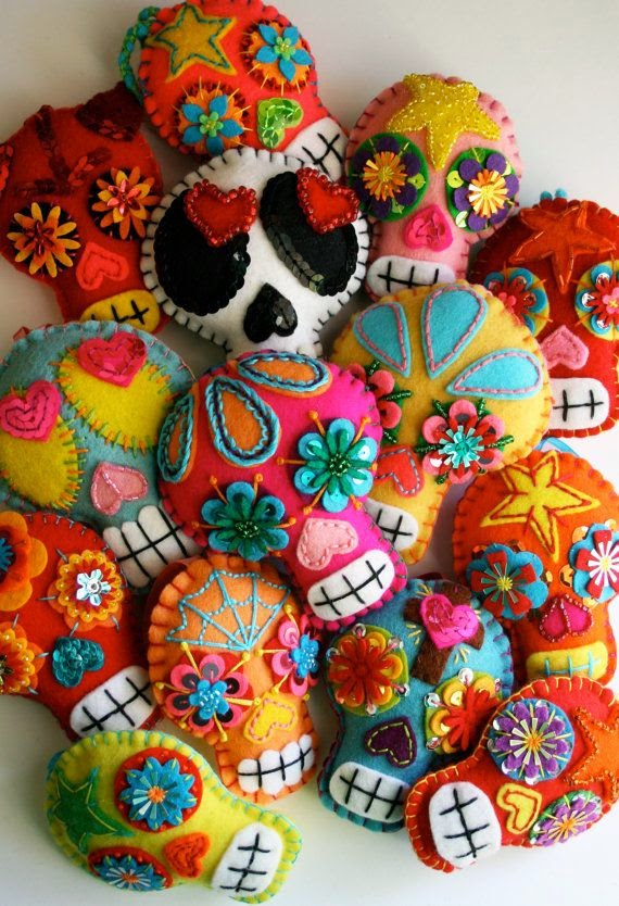 embroidered-sugar-skulls