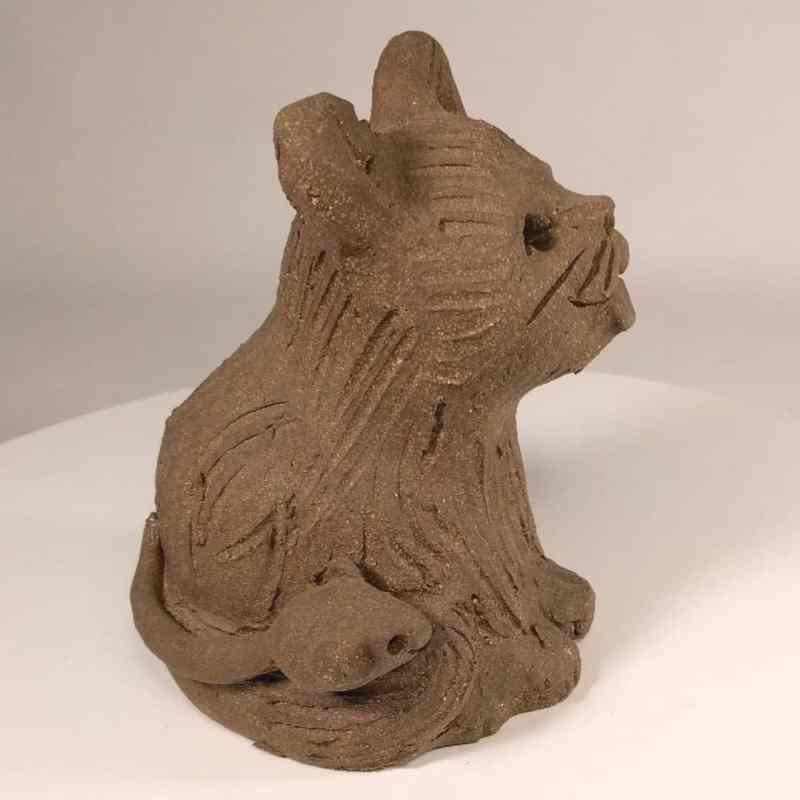 cat_mouse_sitting_3