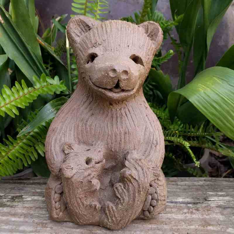 mama_bear_two_cubs_greenspace_2