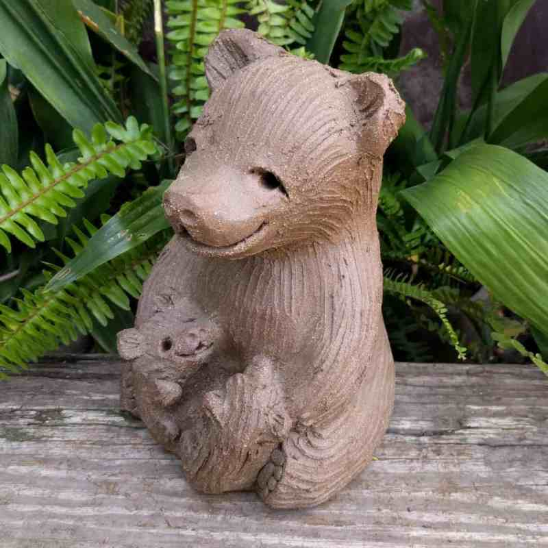 mama_bear_two_cubs_greenspace_3