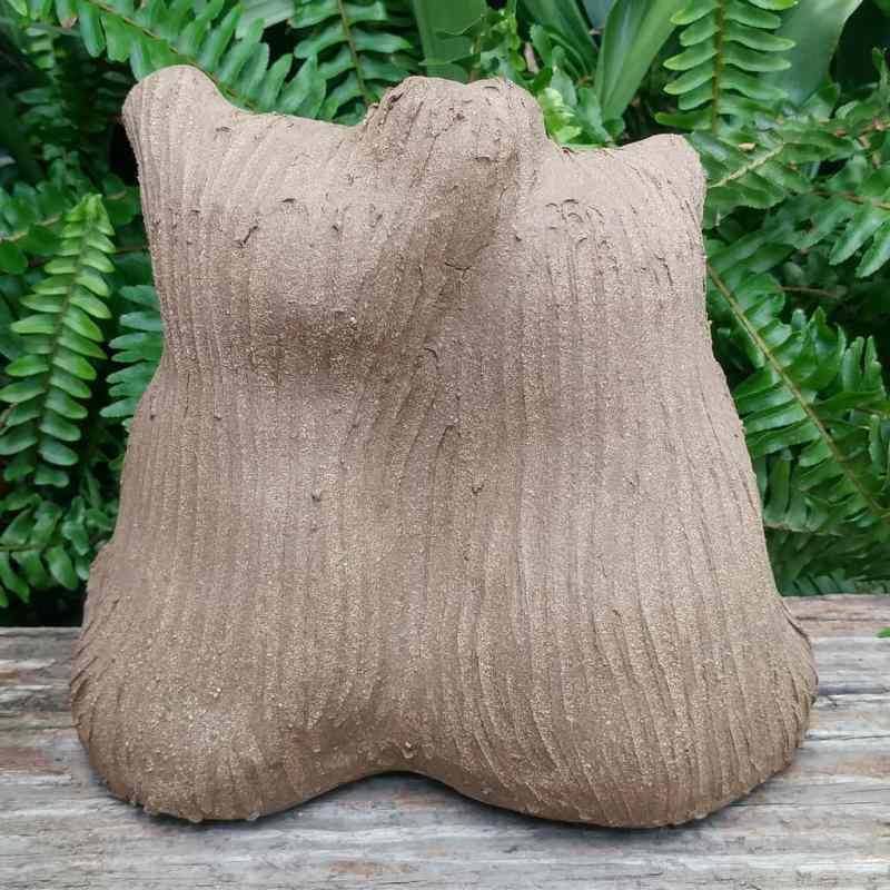 ceramic-bear-love-heart-meidum-1024px-garden-figurine-by-margaret-hudson-earth-arts-studio-9