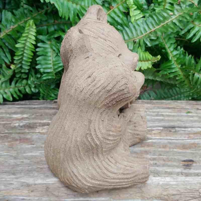 ceramic-bear-love-heart-meidum-1024px-garden-sculpture-by-margaret-hudson-earth-arts-studio-0
