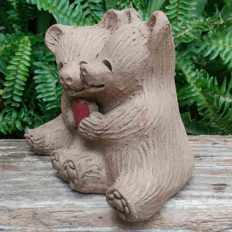 ceramic-bear-love-heart-meidum-1024px-outdoor-figurine-by-margaret-hudson-earth-arts-studio-5