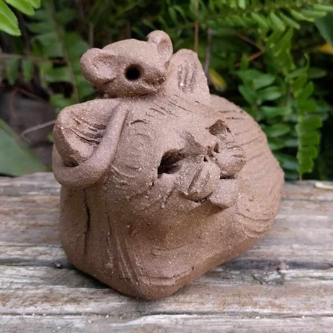 cureld_cat_mouse_head_outside_4
