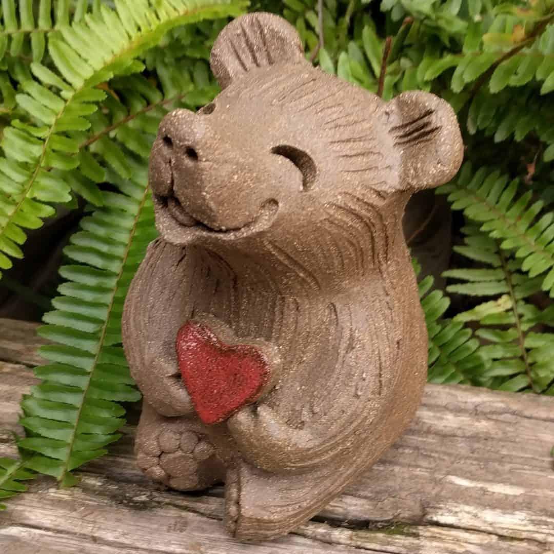 medium_bear_heart_outside_3