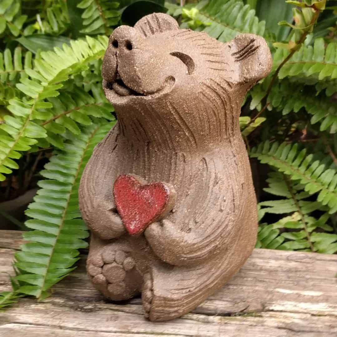 medium_bear_heart_outside_4